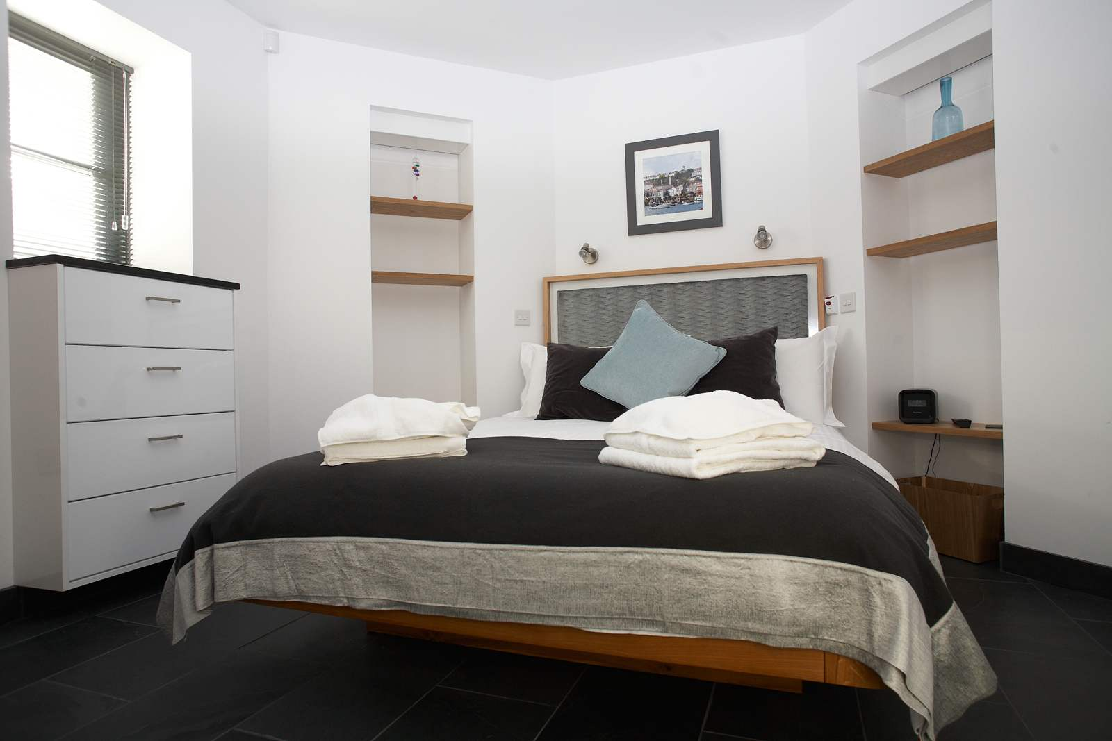 master-bedroom-cornwall-holiday