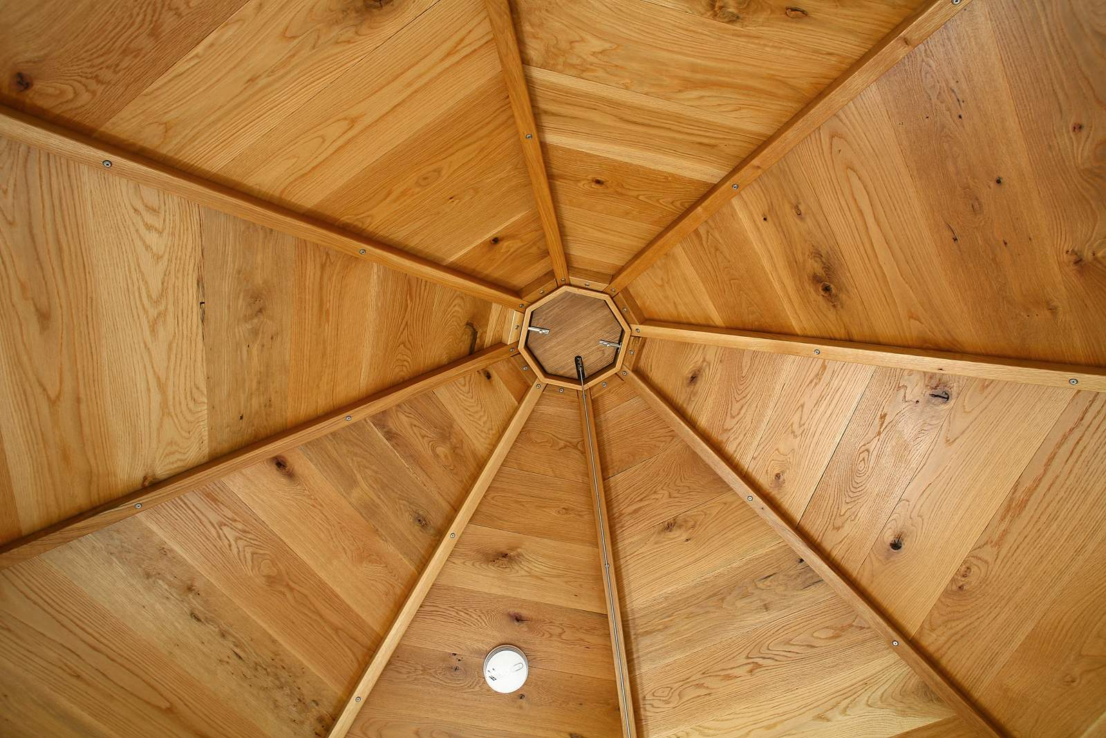 observation-deck-ceiling